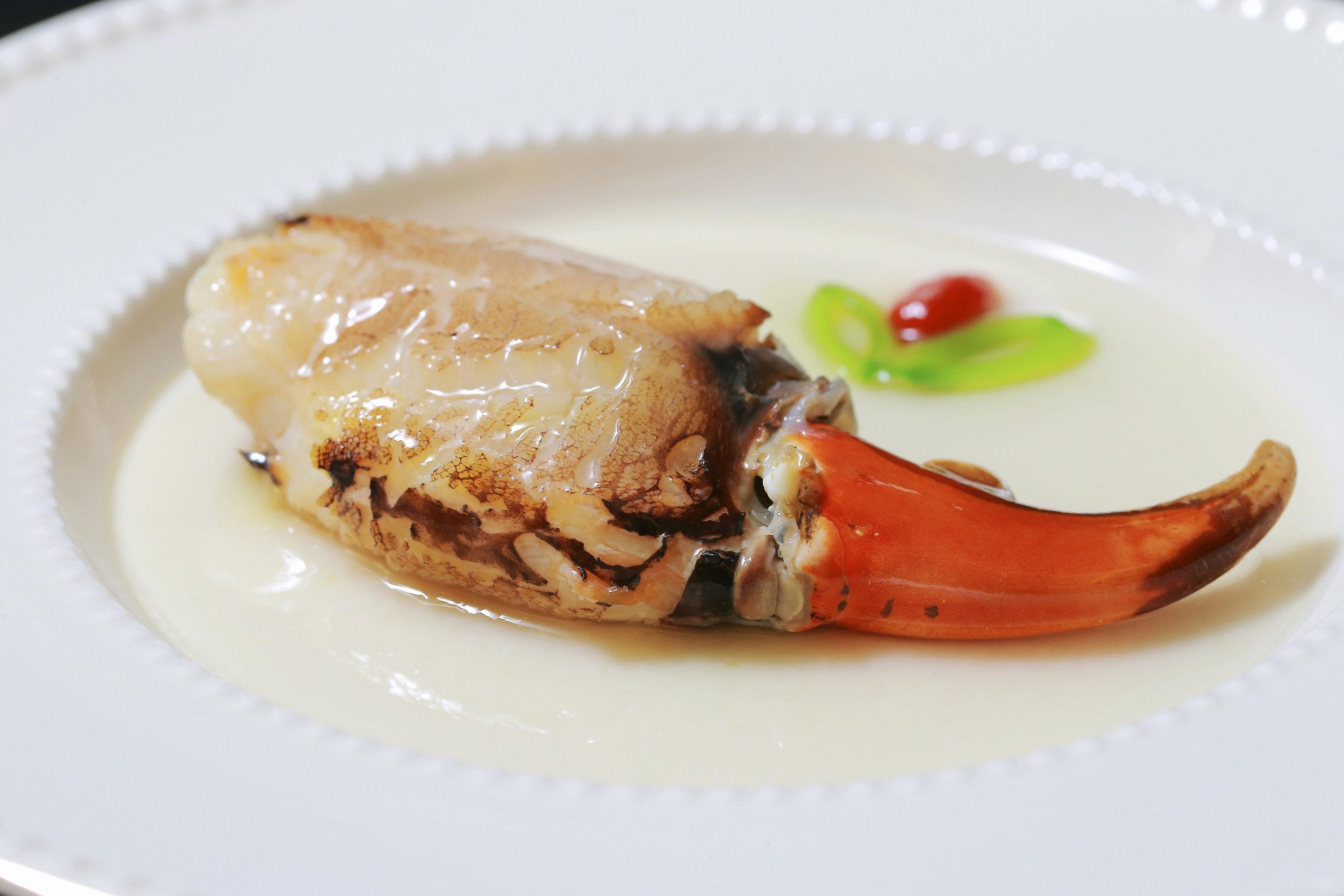 GreaterChinaClub_Steamed Fresh Crab Egg White_l.jpg