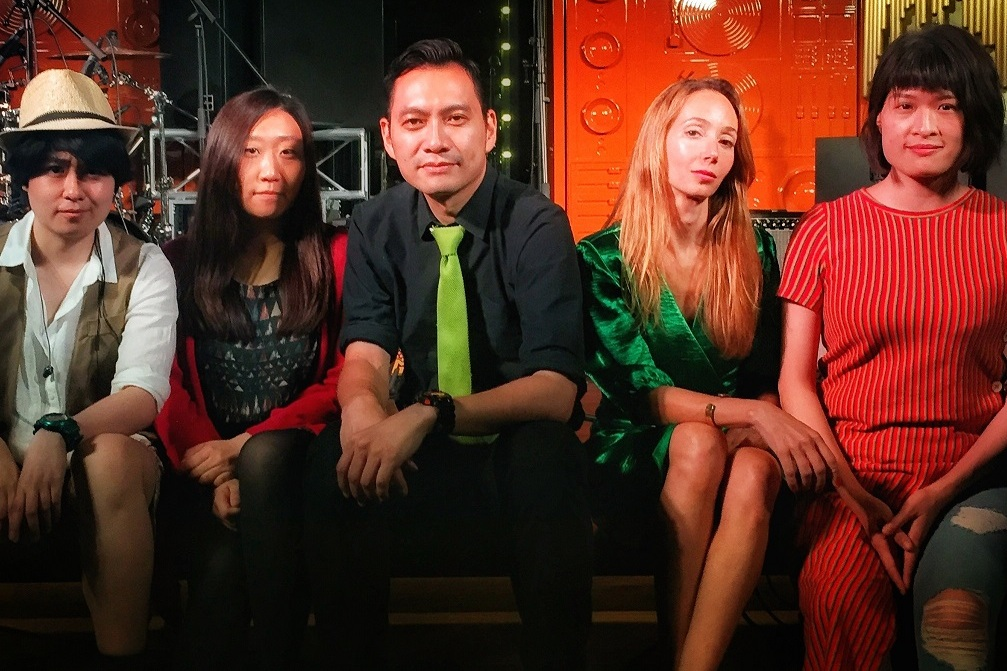 Jun 1, 2019OPIUM 鴉片 - Time: 1:30 - 4:15 PMOPIUM 鴉片是一支香港本地的流行搖滾樂隊。融合了法籍主唱Ingrid的聲音,他們將演出火辣辣的法語作品及原創的Opium歌曲,Opium將會震撼全場!