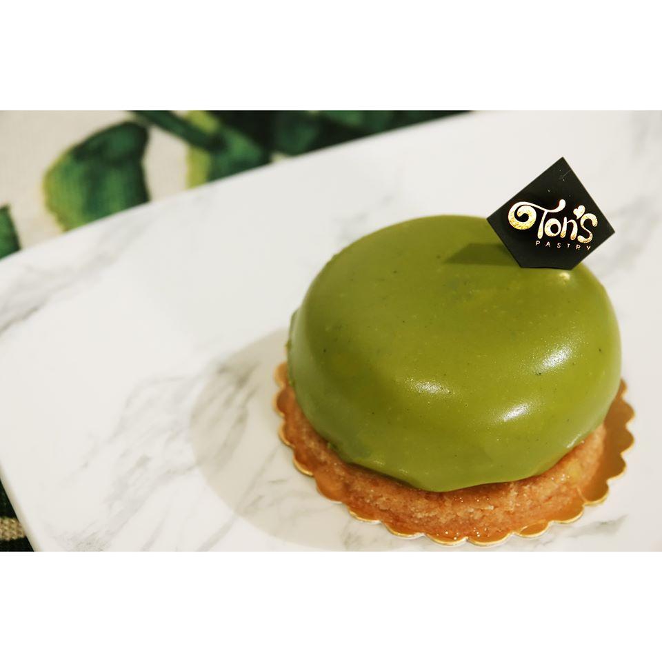 056 Ton's Pastry.jpg