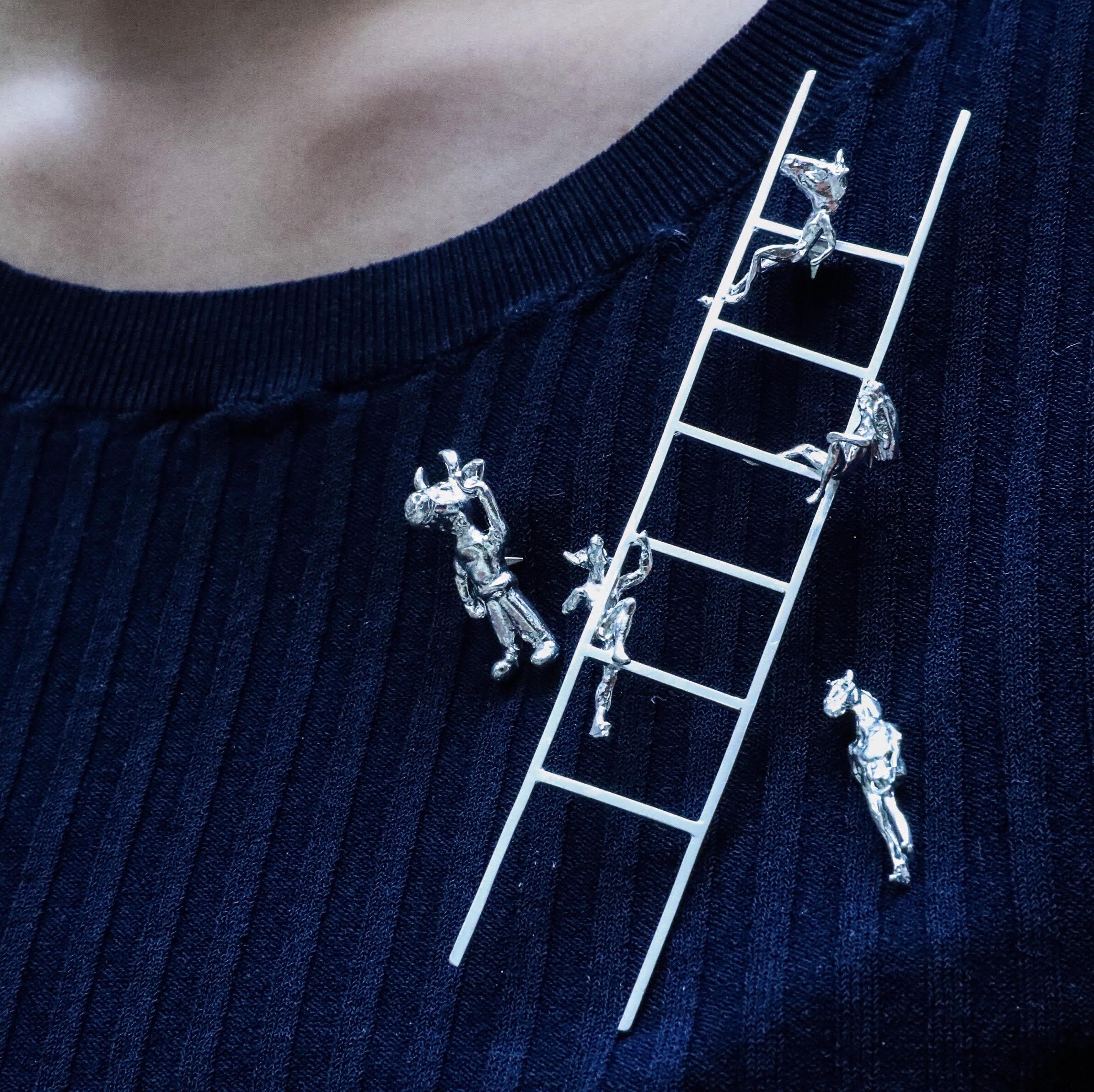 20.jewellery.jpg