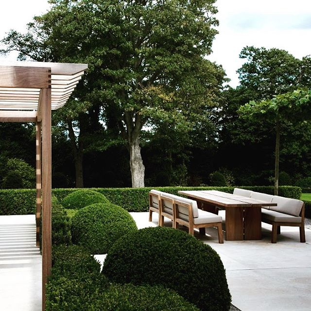 Garden ideas. #interior #interiors #interiordesign #garden#gardendesign#gardenideas#design #architecture #architect #modernarchitecture #houseideas # source: landformconsultants.co.uk