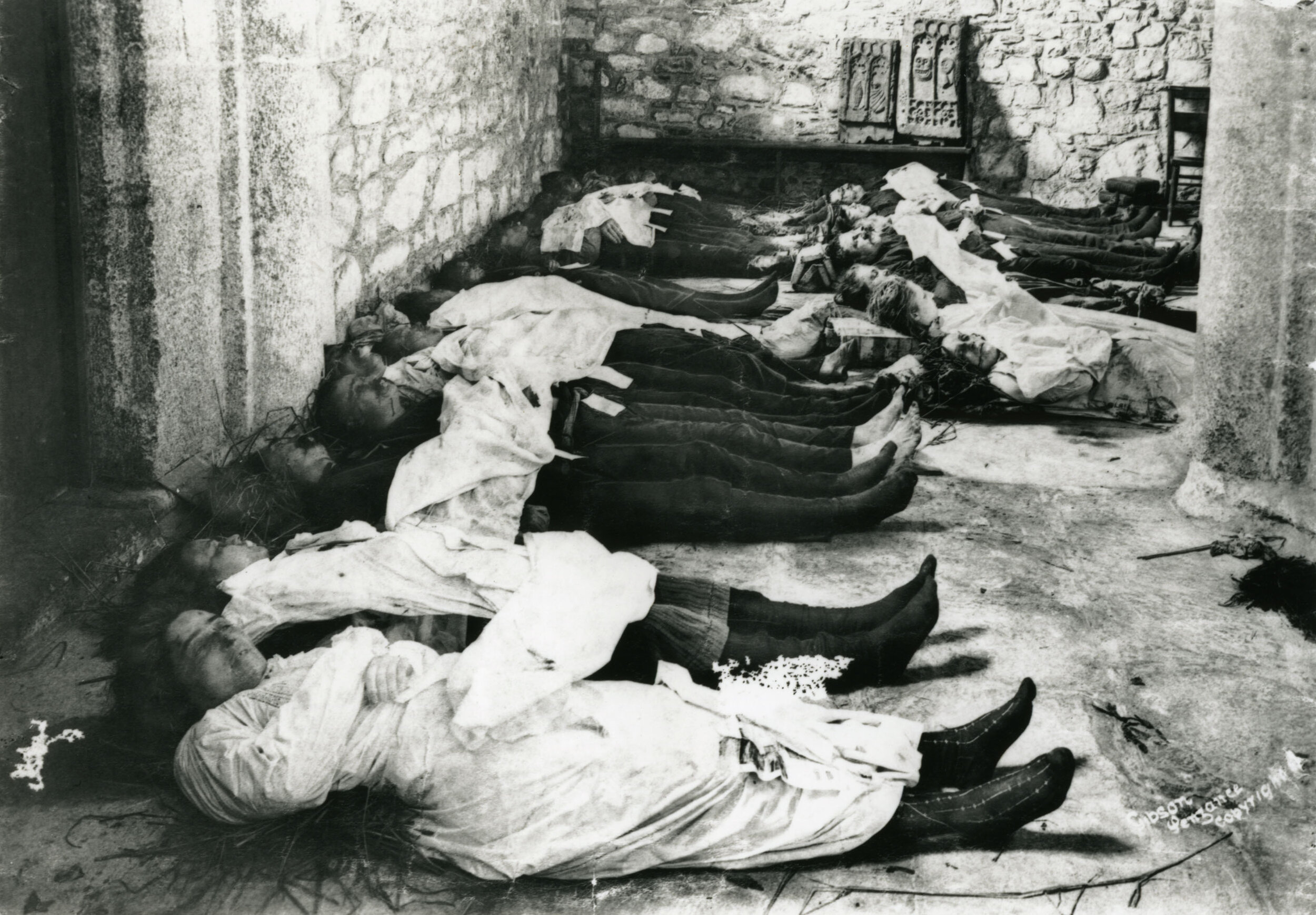 Bodies from the SS Mohegan, Gibson & Sons, 1898