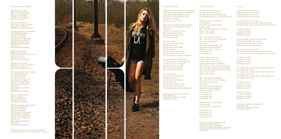 booklet_02.jpg