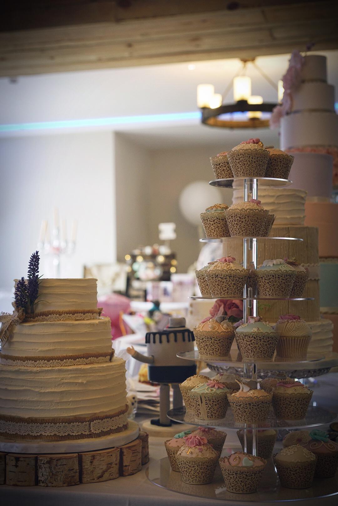 Bowland Wedding Cake.JPG
