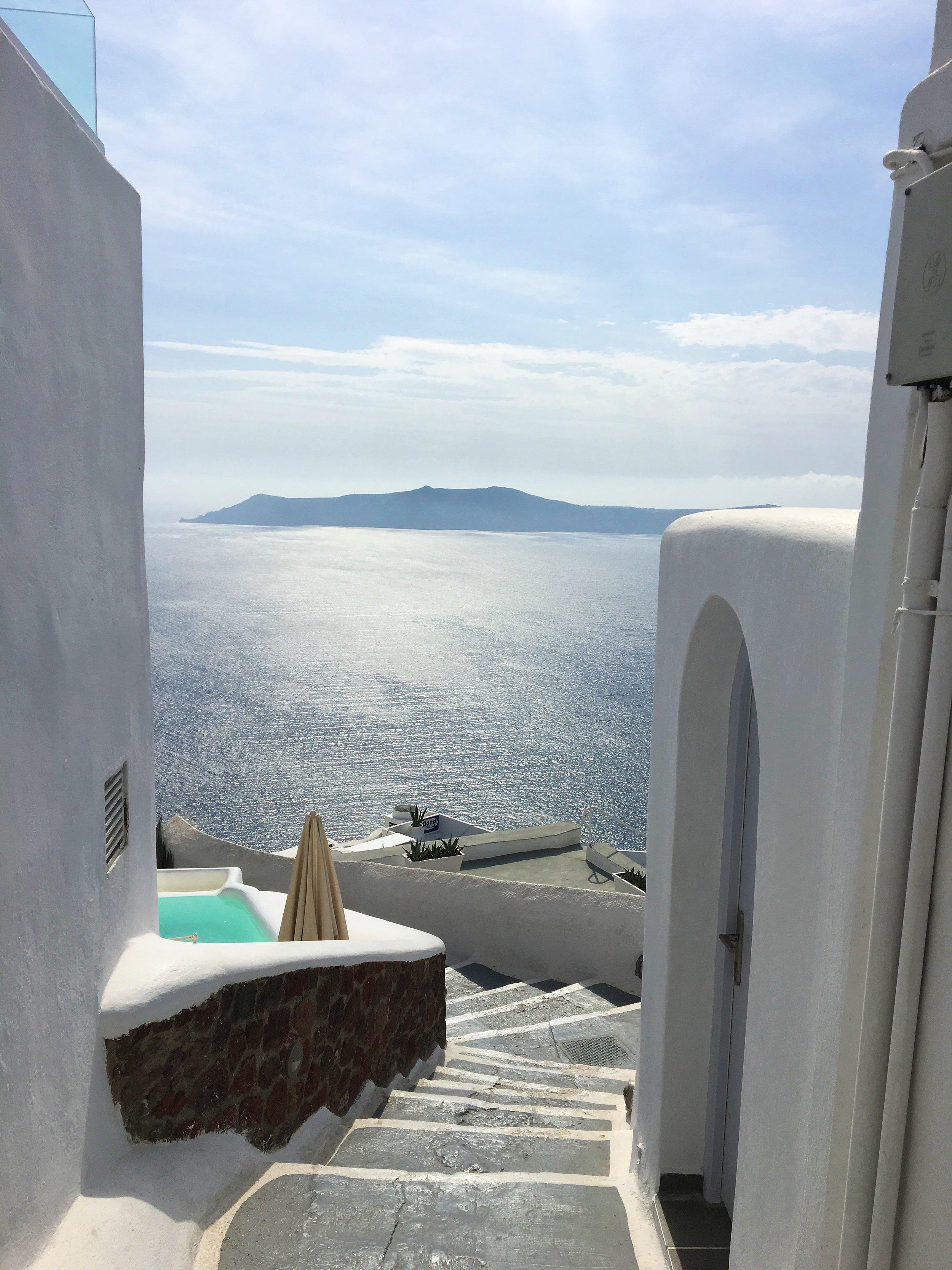 santorini-honeymoon
