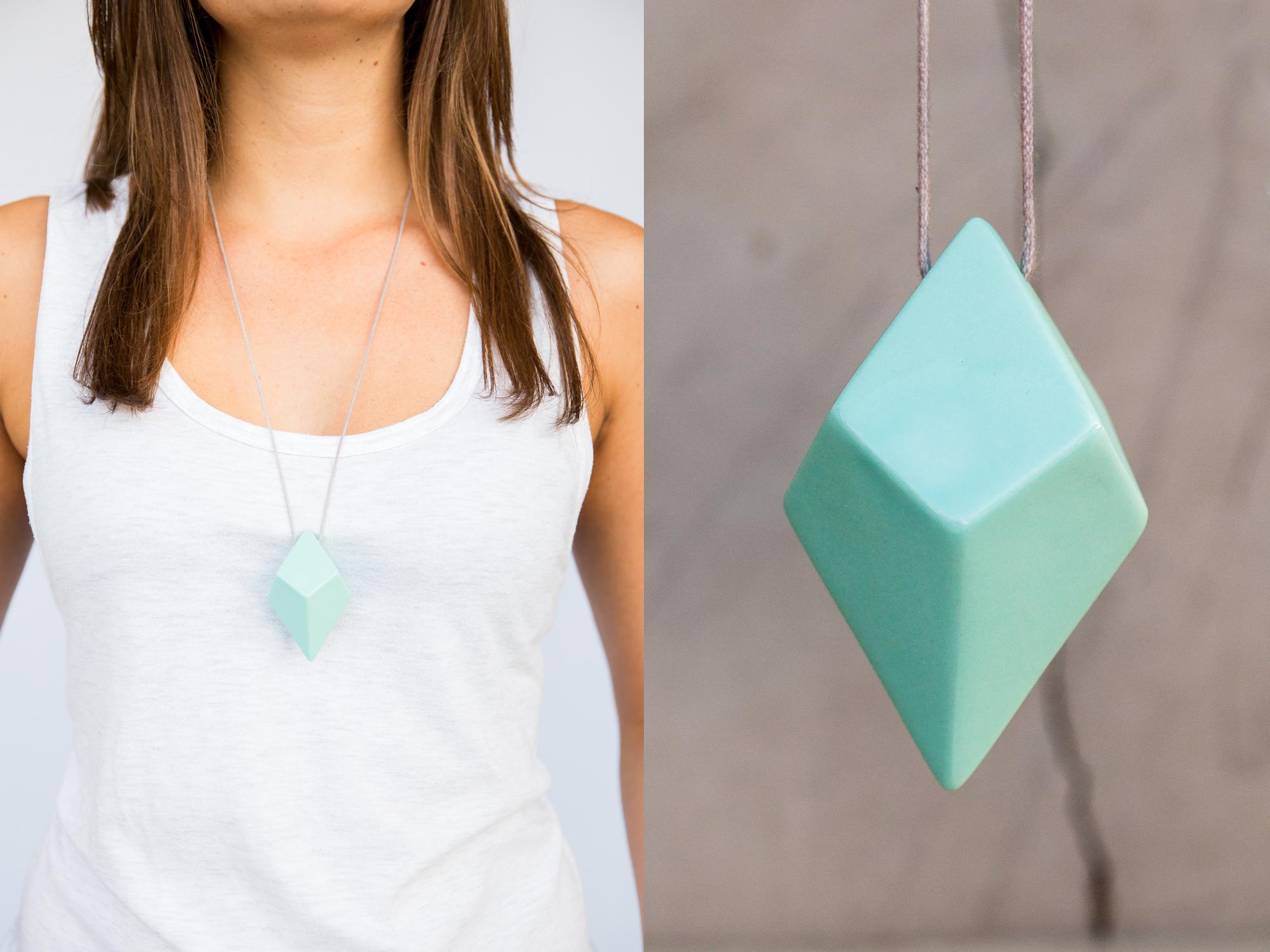 FACET-Necklace-Store-L2.jpg