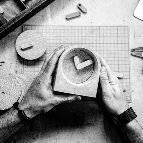 MOAK Clock.. a handcrafted concrete table clock.. #studiops #concrete #handcraft