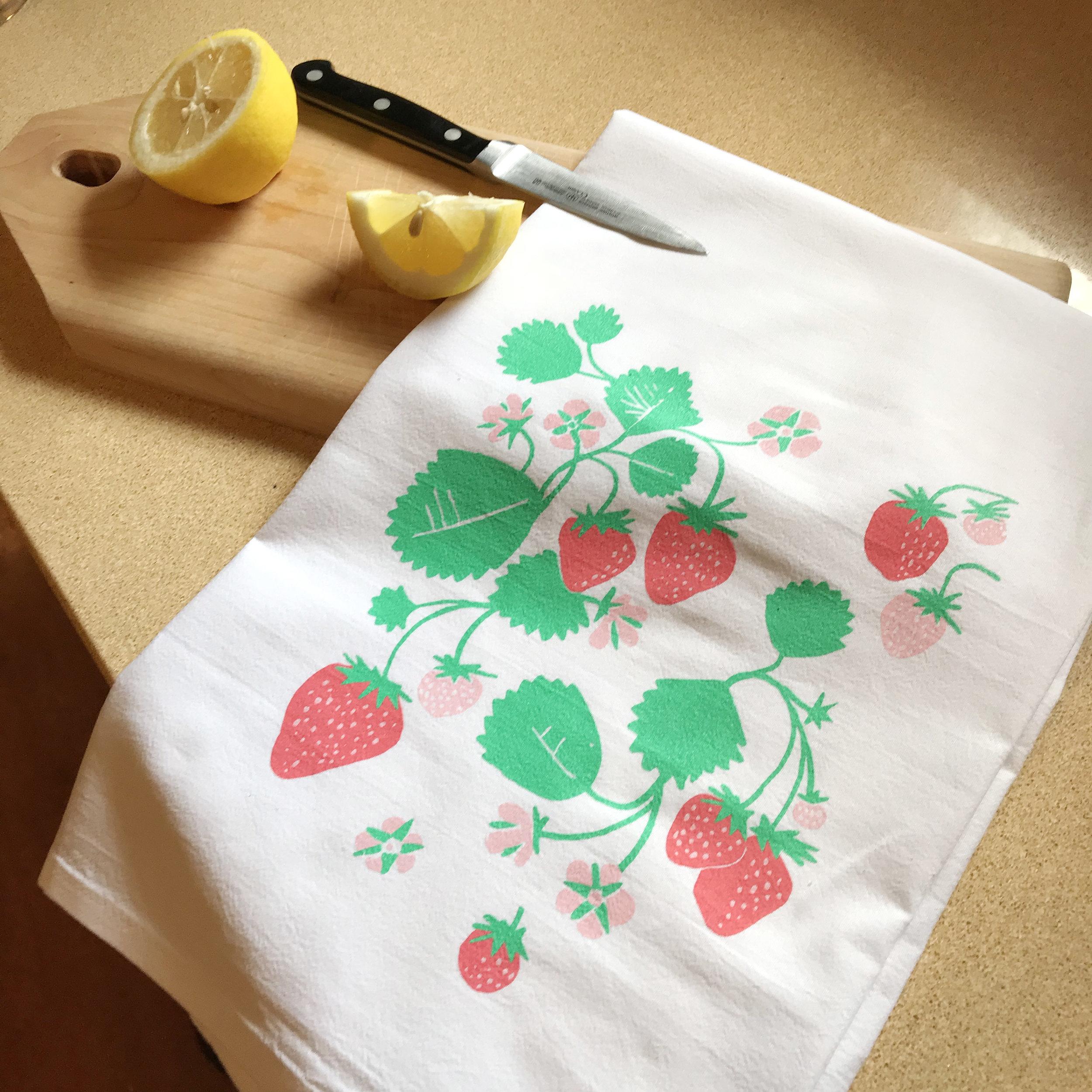 Strawberry pattern Towel