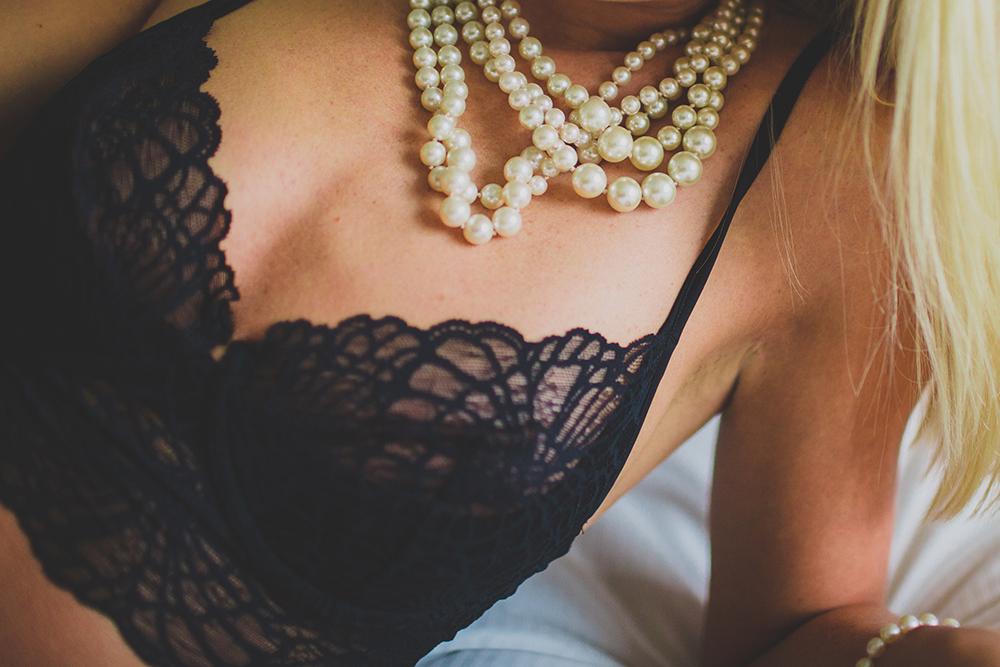 winter 2014 boudoir  | jessica love photography-33.jpg