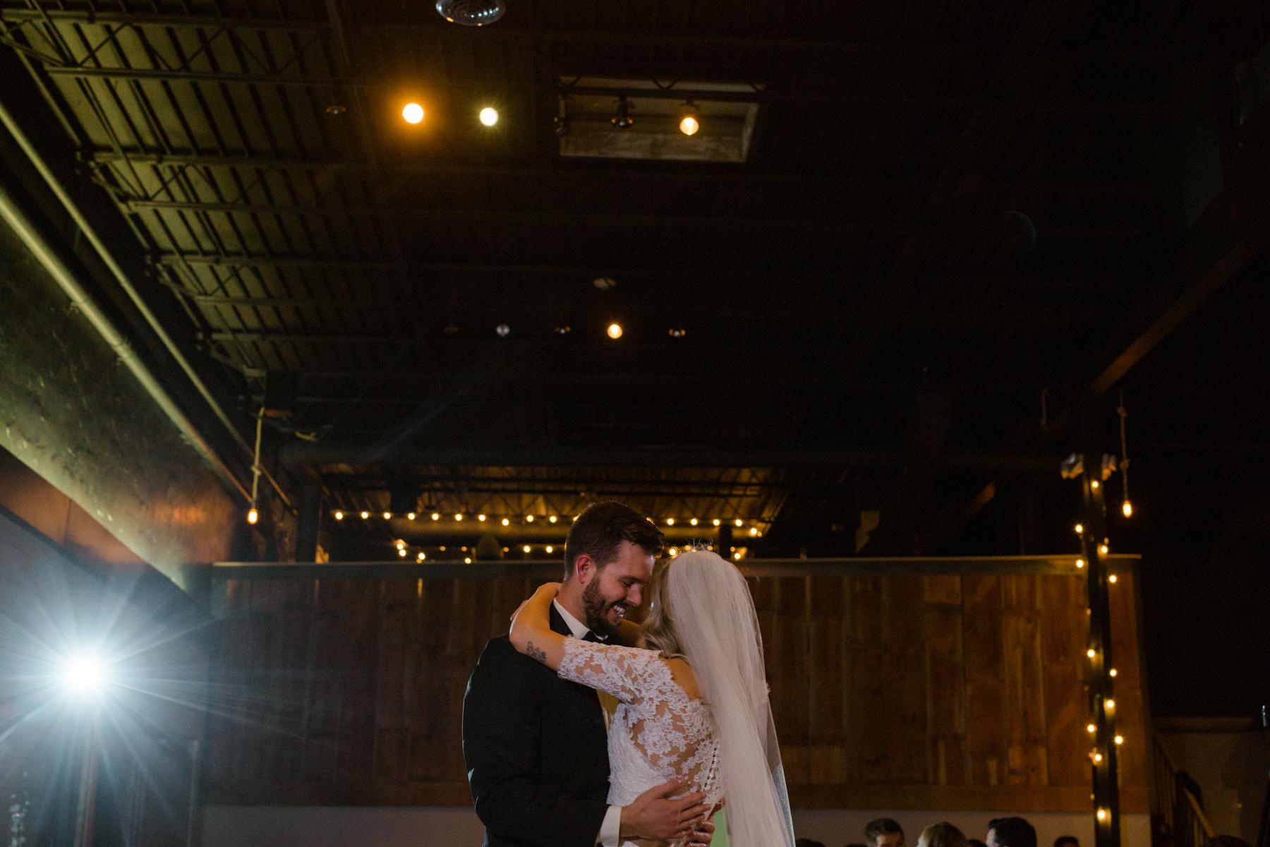 columbus ohio vue wedding - jessica love photography-103.jpg