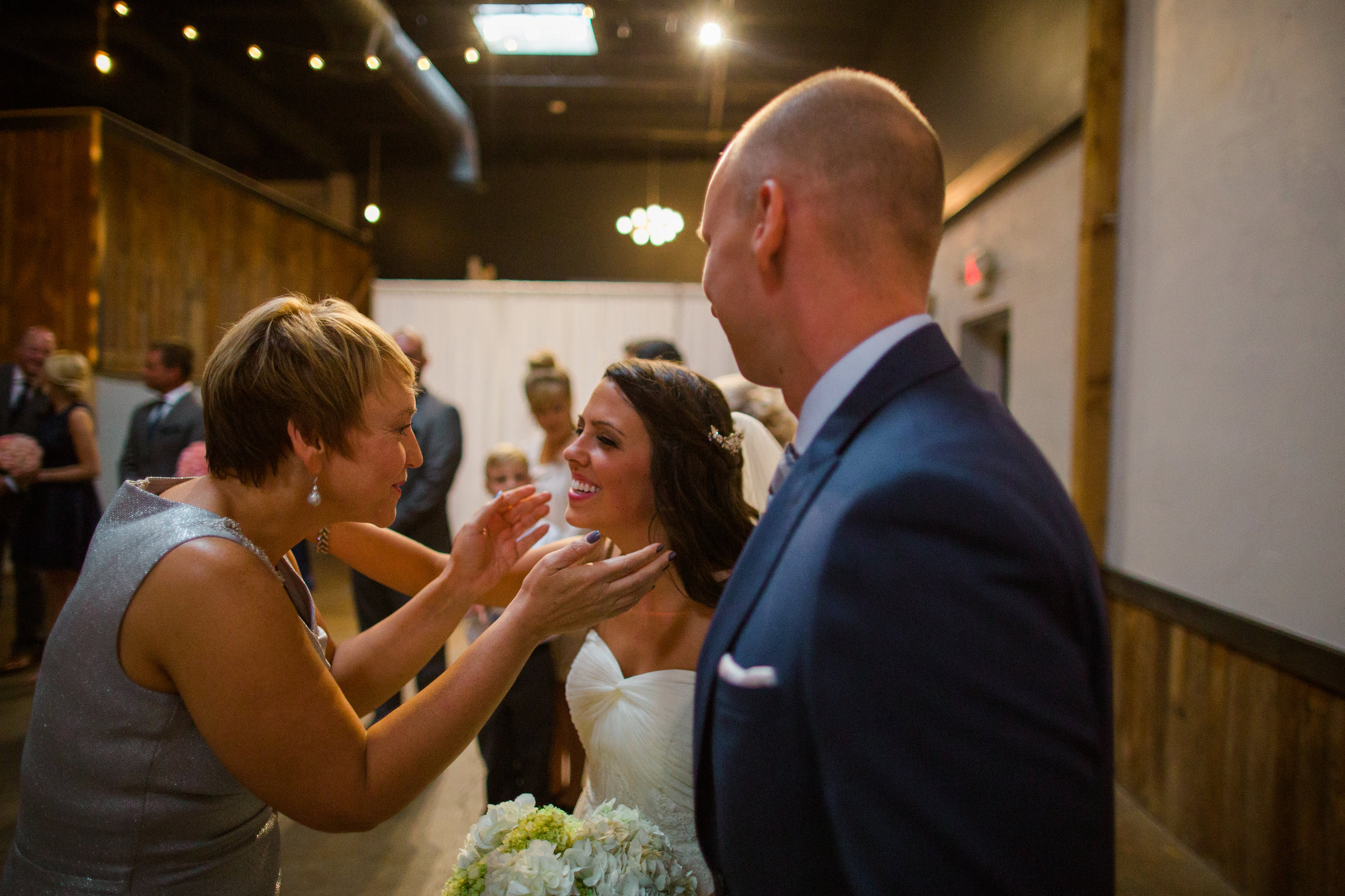 columbus vue wedding photography - jessica love-8.jpg