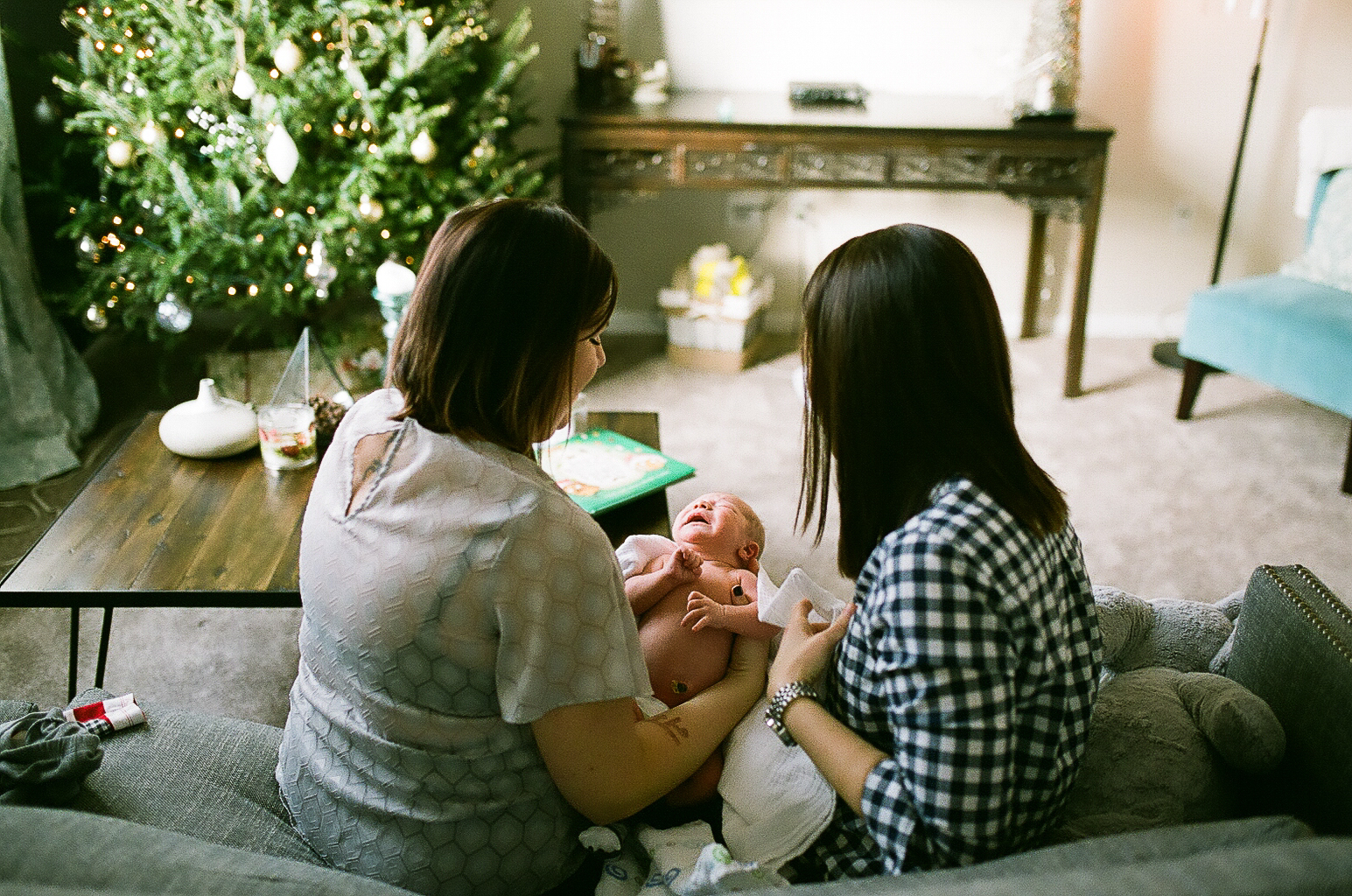 columbus newborn film photography (16 of 23).JPG