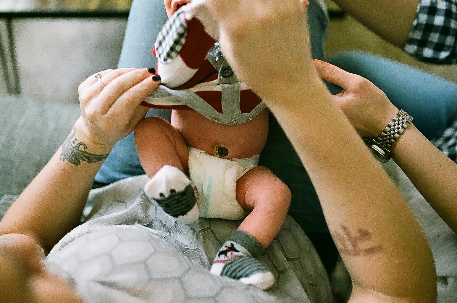 columbus newborn film photography (14 of 23).JPG