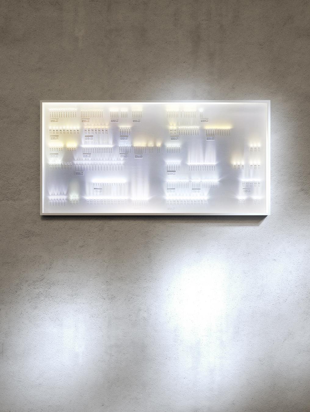 smK034_COLLECTION OF LIGHT 300_2_TIF.jpg