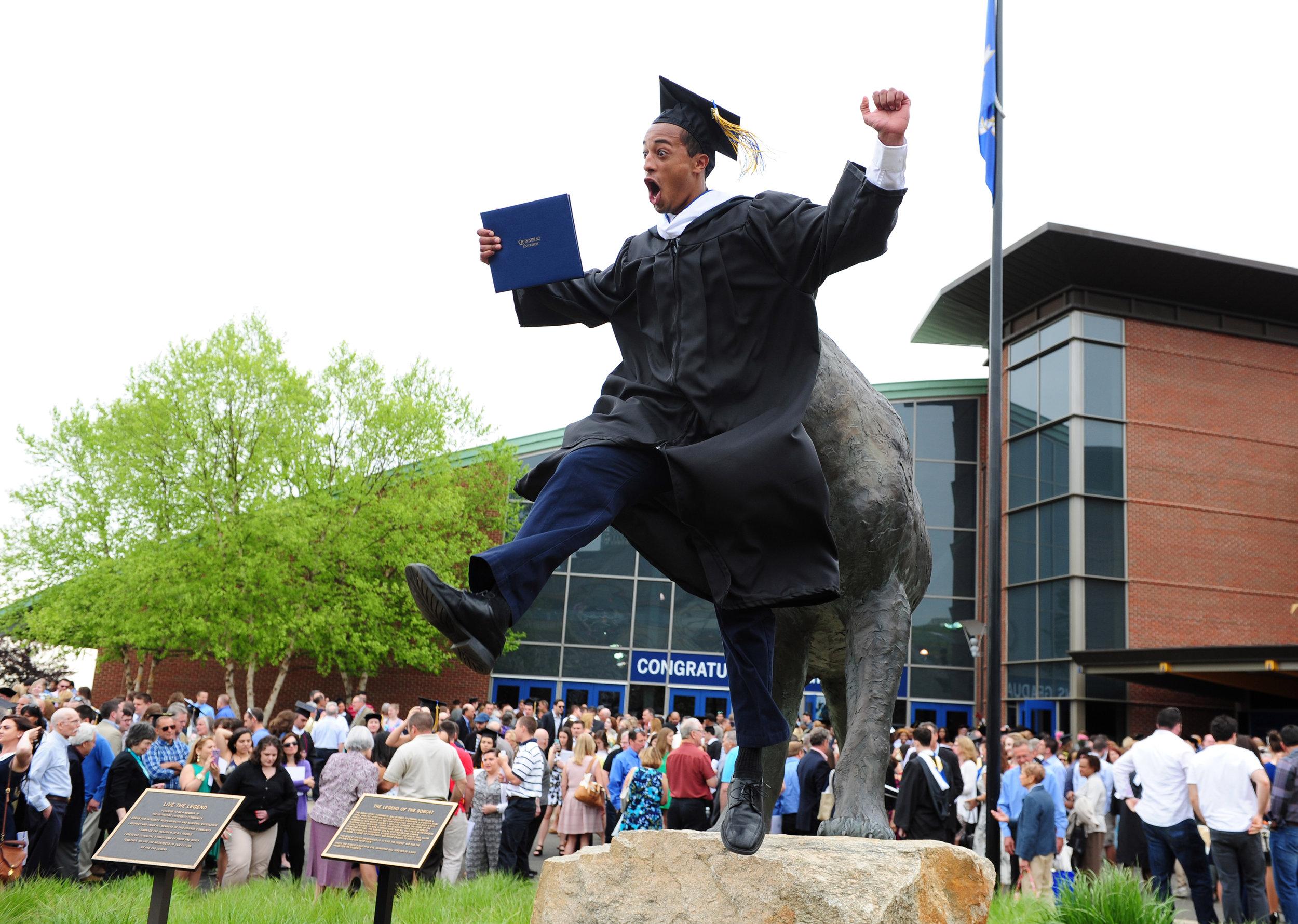 undergrad-grad-2016-dsc_6440.jpg