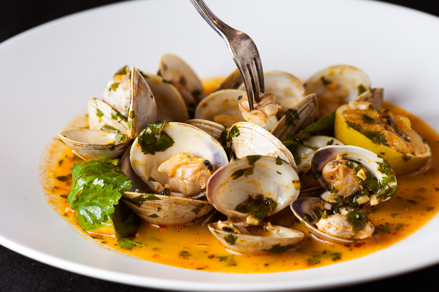 Thai Curry & Ginger Clams
