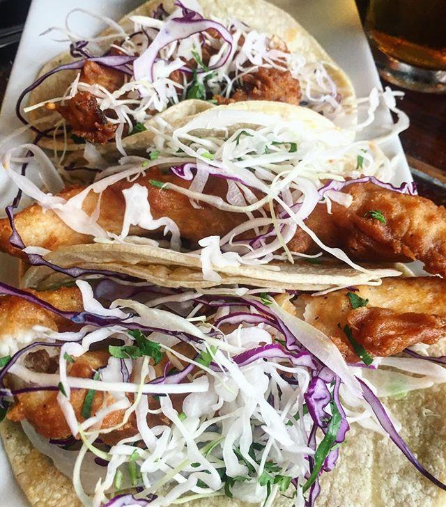 $1 fish taco Mondays at @coopersnyc 🌮🌮🌮 #mondaymotivation #newyorkfoodbabes