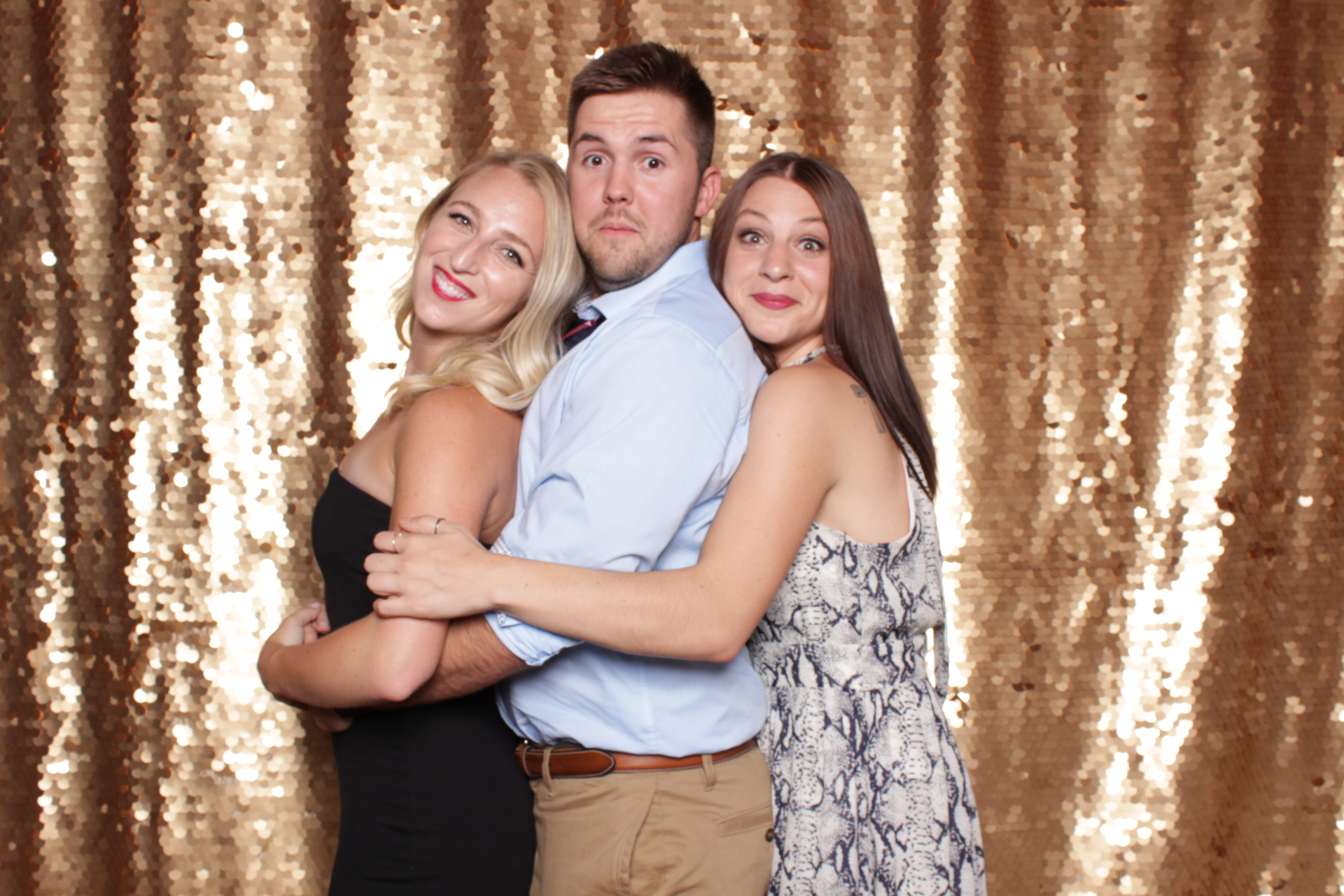Minneapolis_St Paul_Photo_Booths_Weddings (4).jpg