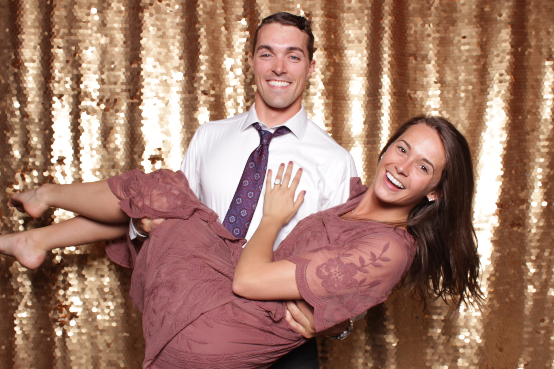 Minneapolis_St Paul_Photo_Booths_Weddings (15).jpg