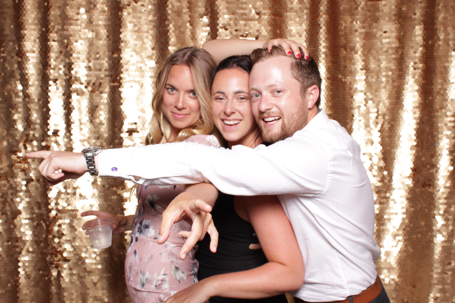 Minneapolis_St Paul_Photo_Booths_Weddings (16).jpg