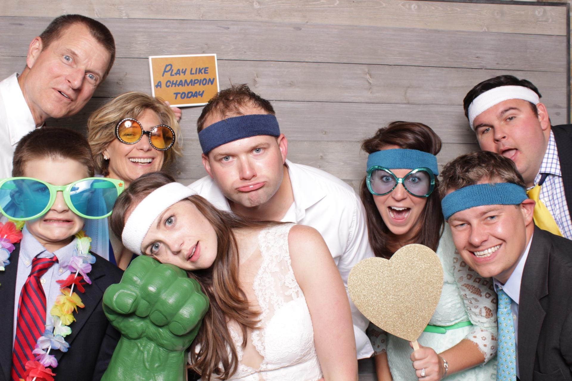 Minneapolis_Machine_Shop_wedding_photo_booth_rental.jpg