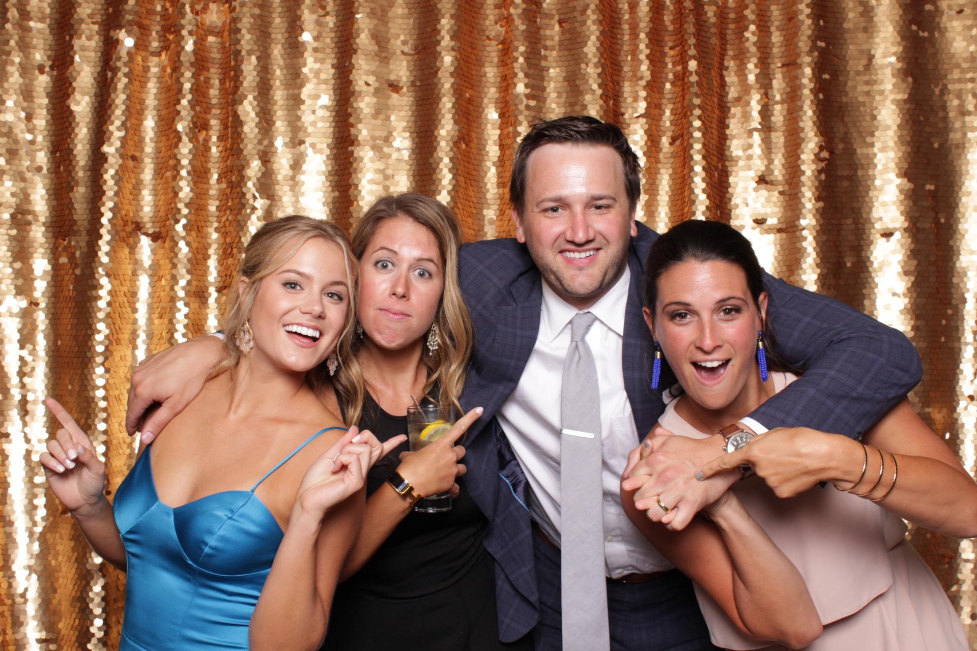 Minneapolis_wedding_photo_booth_Machine_Shop (2).jpg