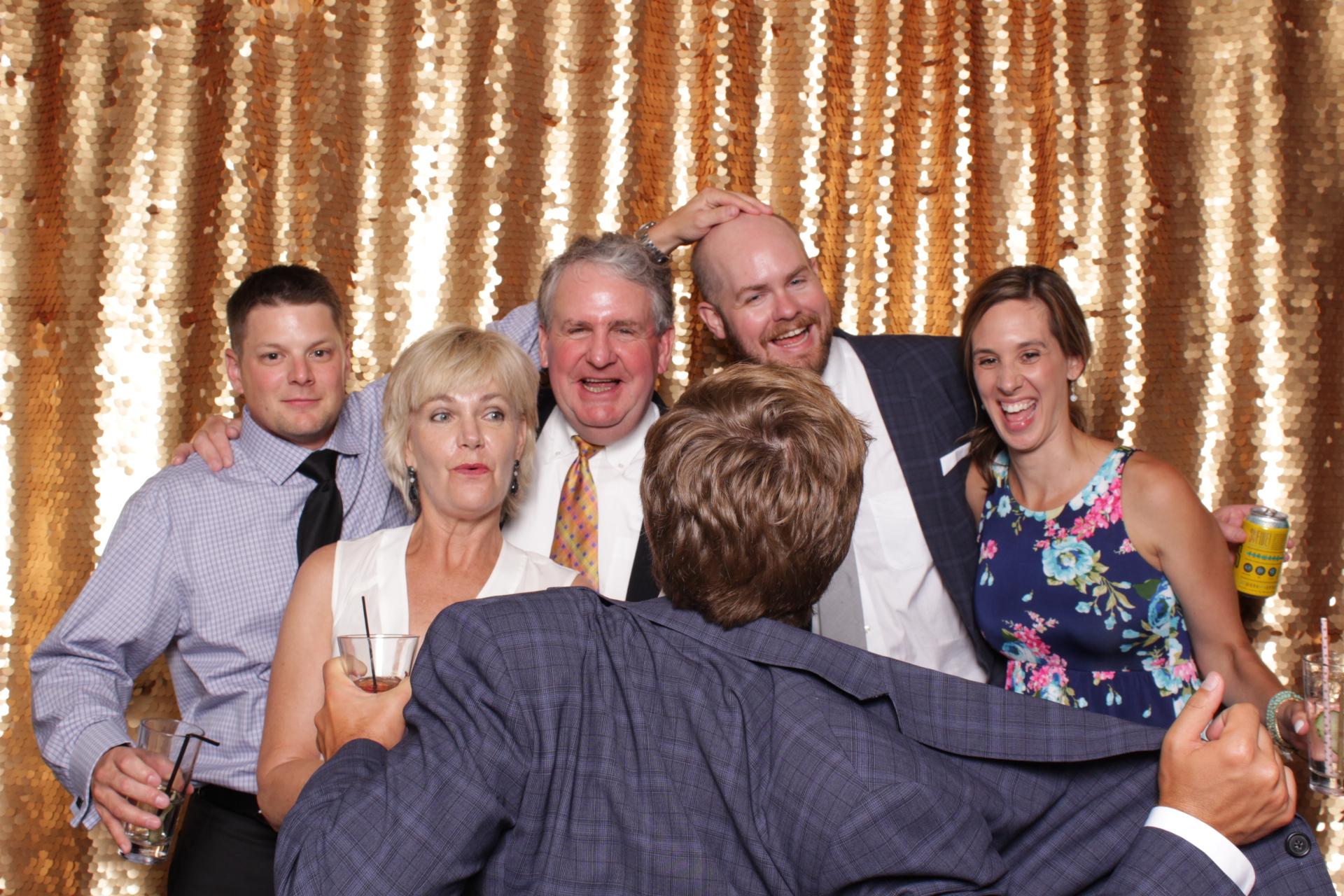 Minneapolis_wedding_photo_booth_Machine_Shop (10).jpg