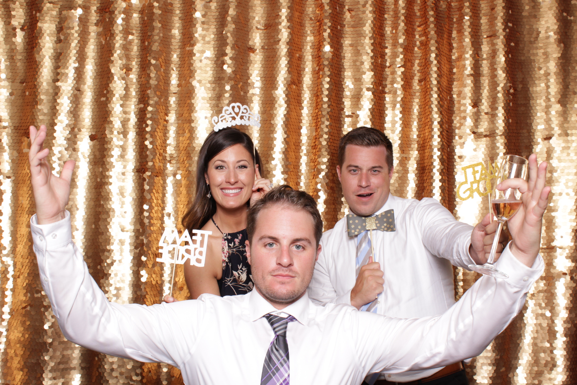 Minneapolis_wedding_photo_booth_Machine_Shop (15).jpg