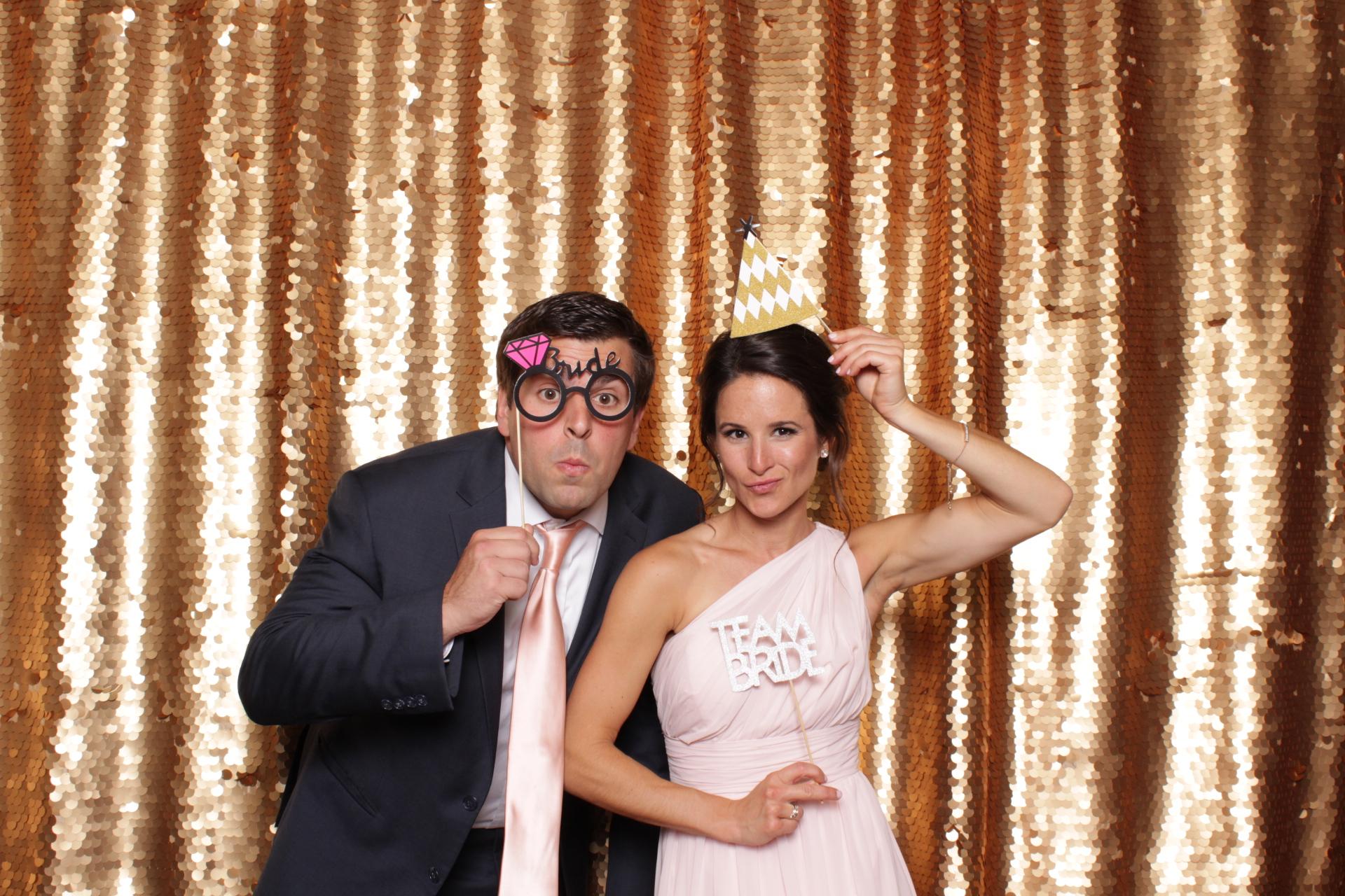 Minneapolis_wedding_photo_booth_Machine_Shop (20).jpg