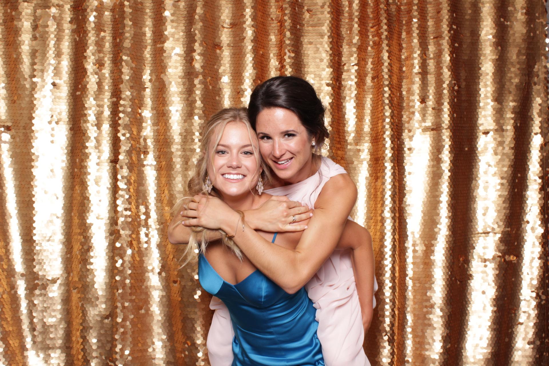 Minneapolis_wedding_photo_booth_Machine_Shop (23).jpg