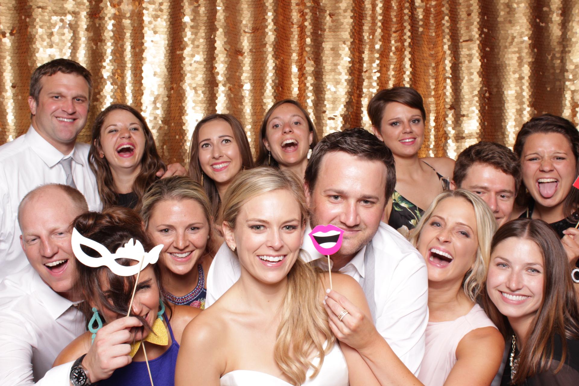 Minneapolis_wedding_photo_booth_Machine_Shop (25).jpg