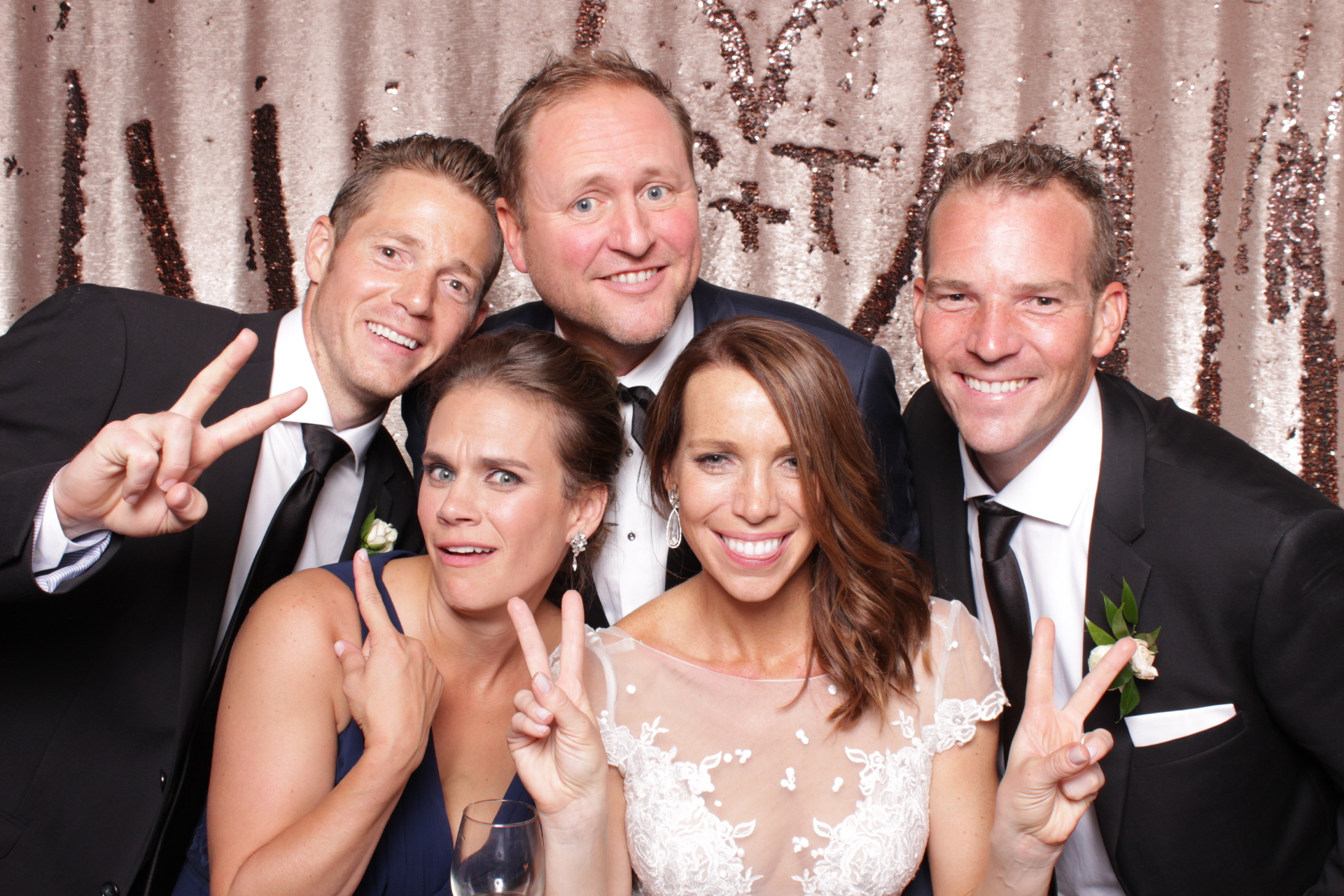 Minneapolis_Aria_Wedding_Photo_Booth (13).jpg