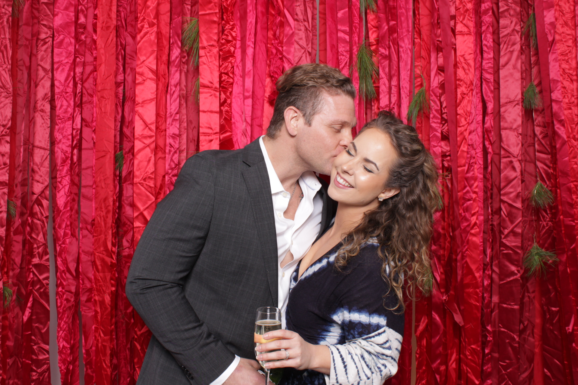 Hutton_House_Minneapolis_Photo_booth_rentals (10).jpg