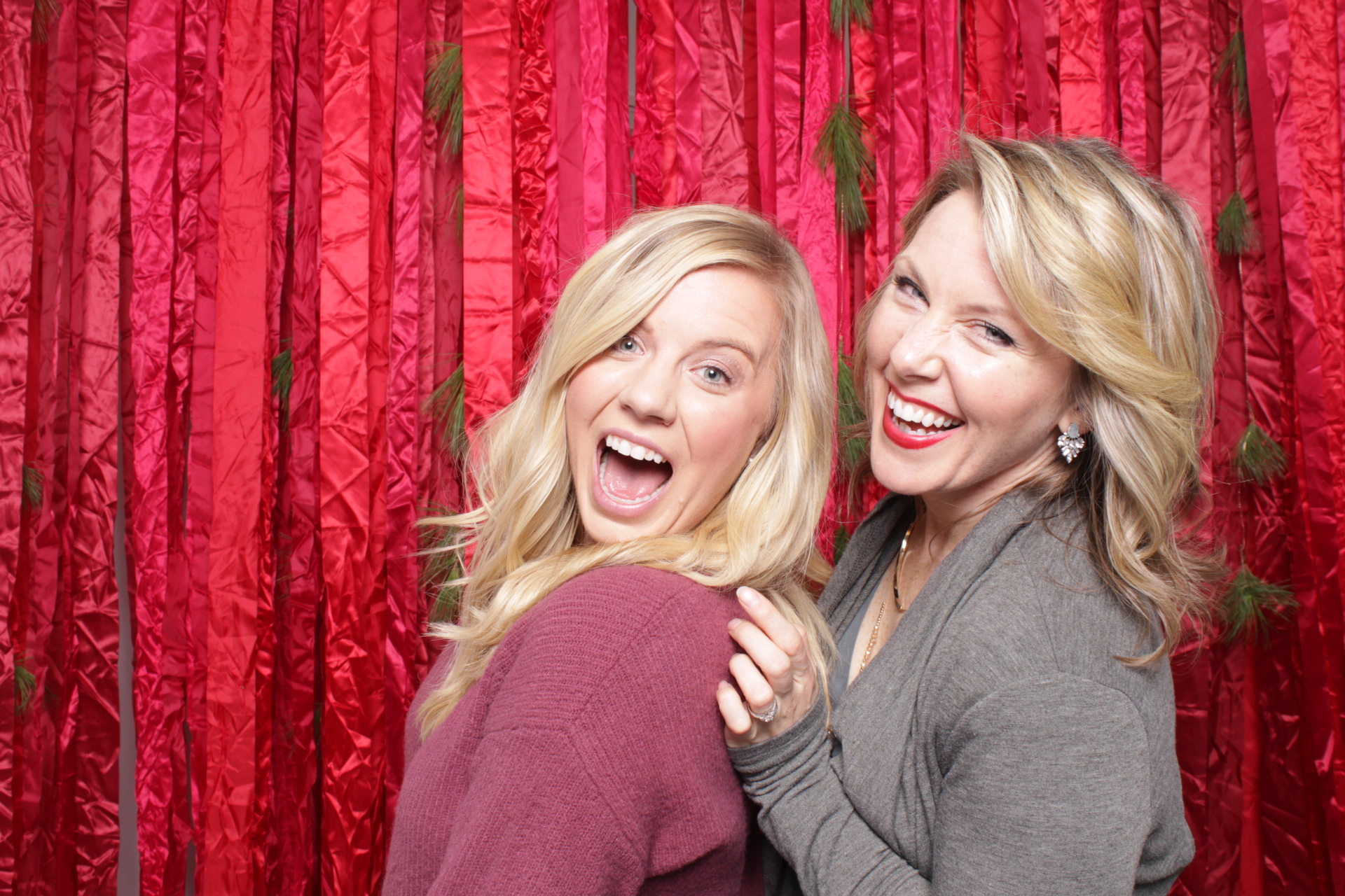 Hutton_House_Minneapolis_Photo_booth_rentals (12).jpg