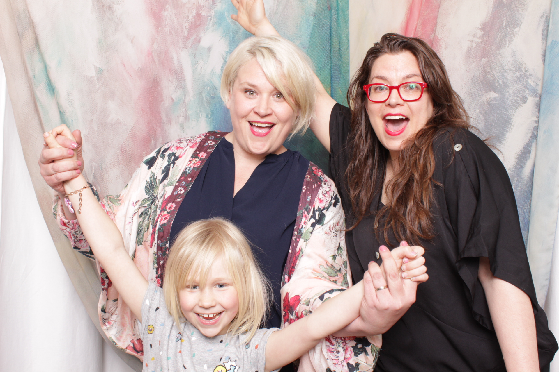 Minneapolis_Photo_Booth_party_rentals (11).jpg