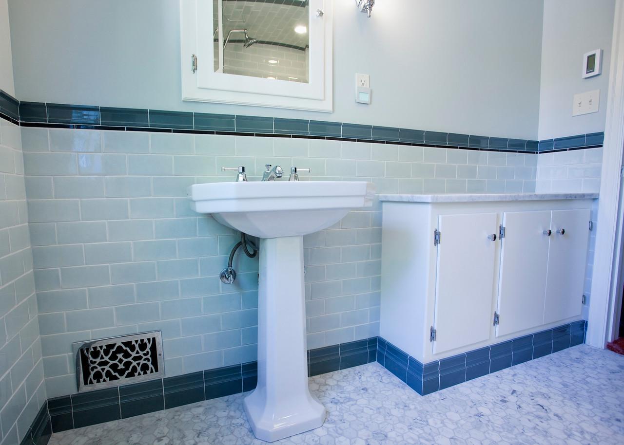 Anderson Bathroom 06-X2.jpg