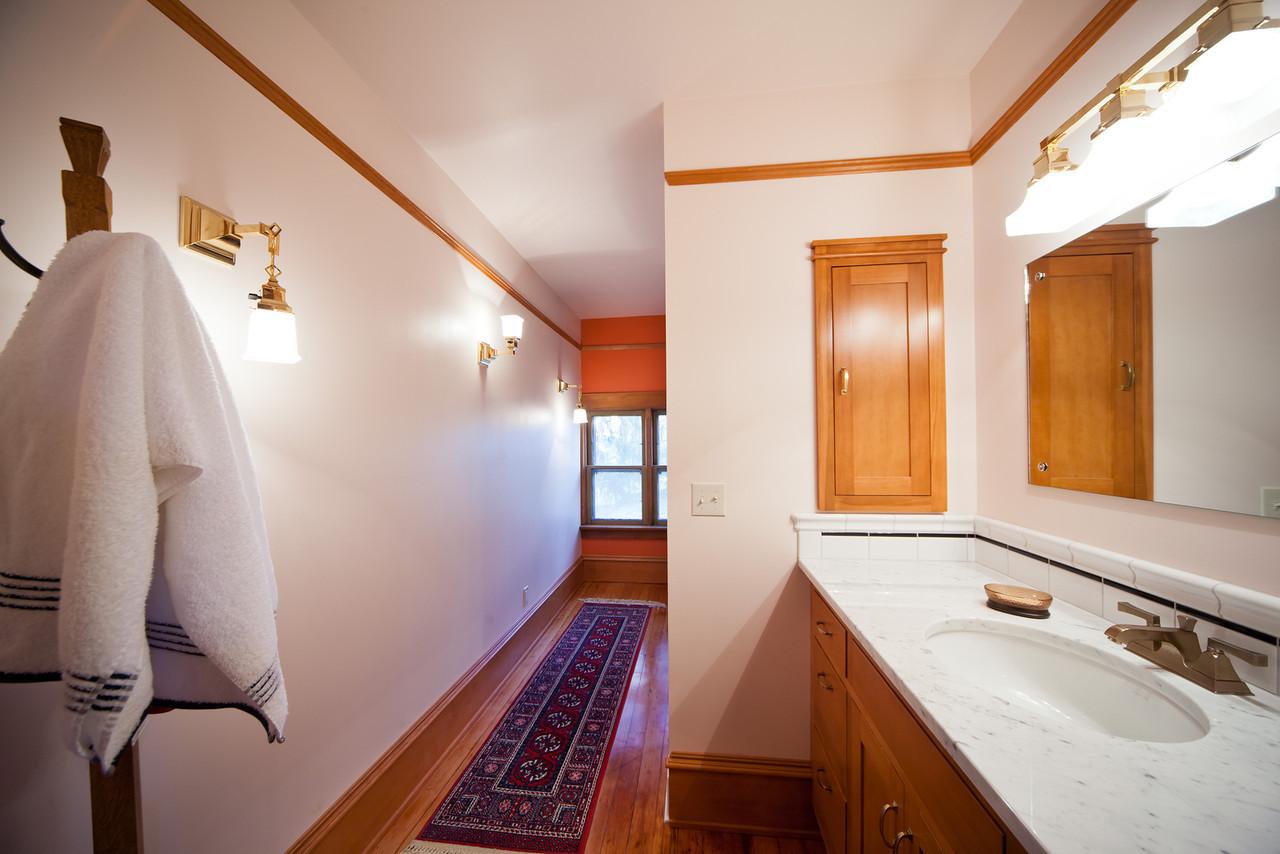 Uniontown Bathroom -1-X2.jpg