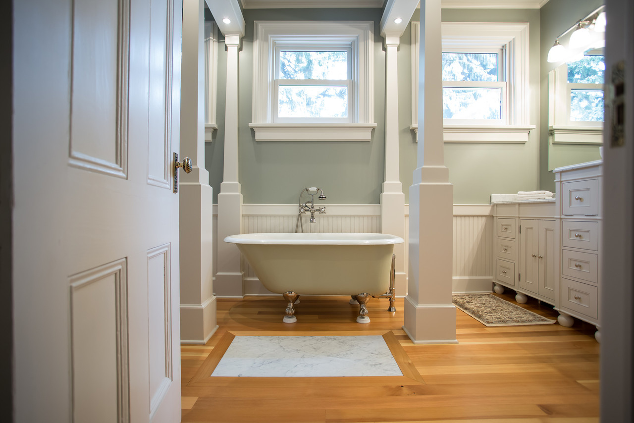 Reese Bathroom-3-X2.jpg