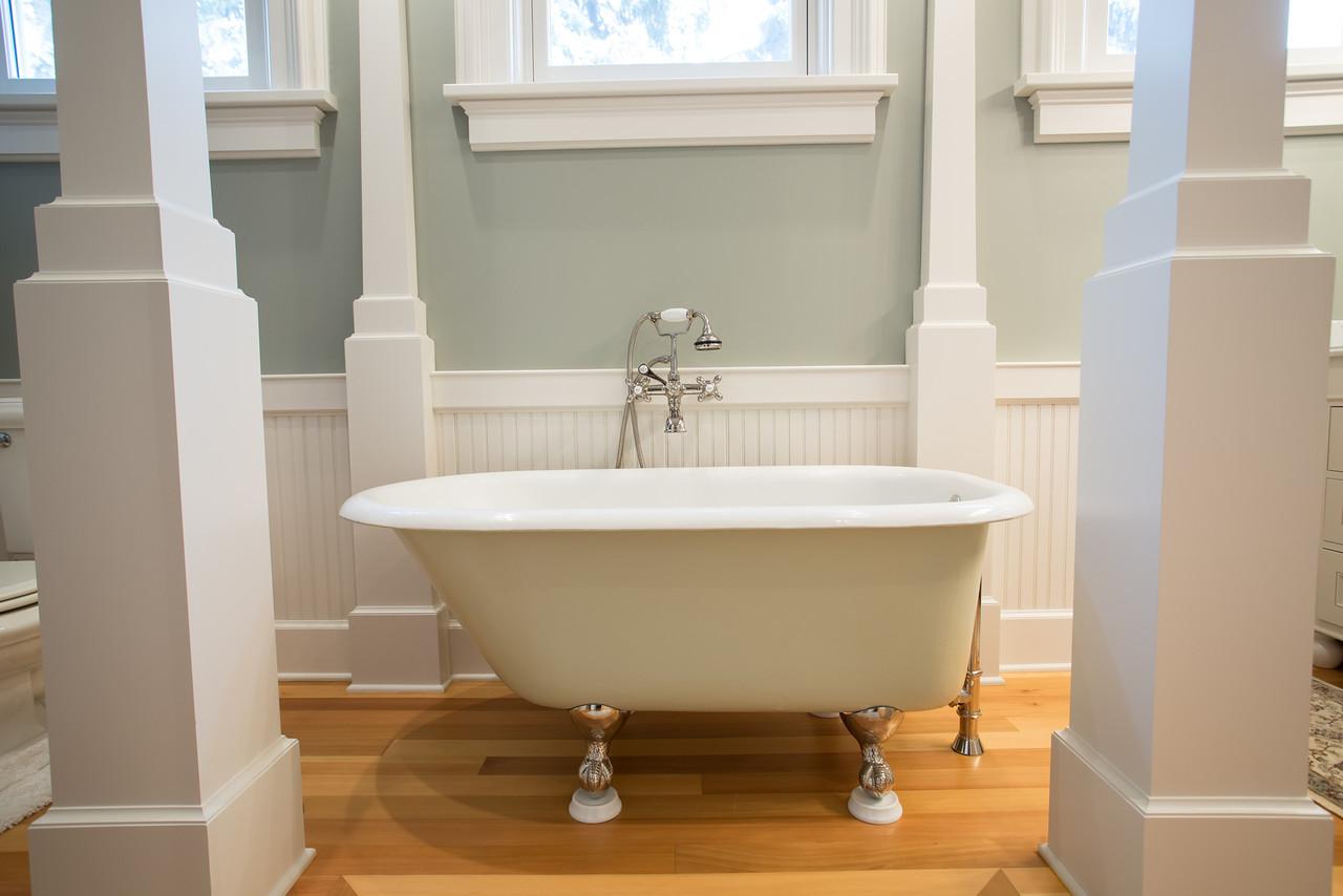 Reese Bathroom-6-X2.jpg