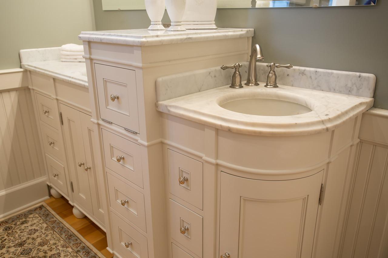 Reese Bathroom-37-X2.jpg