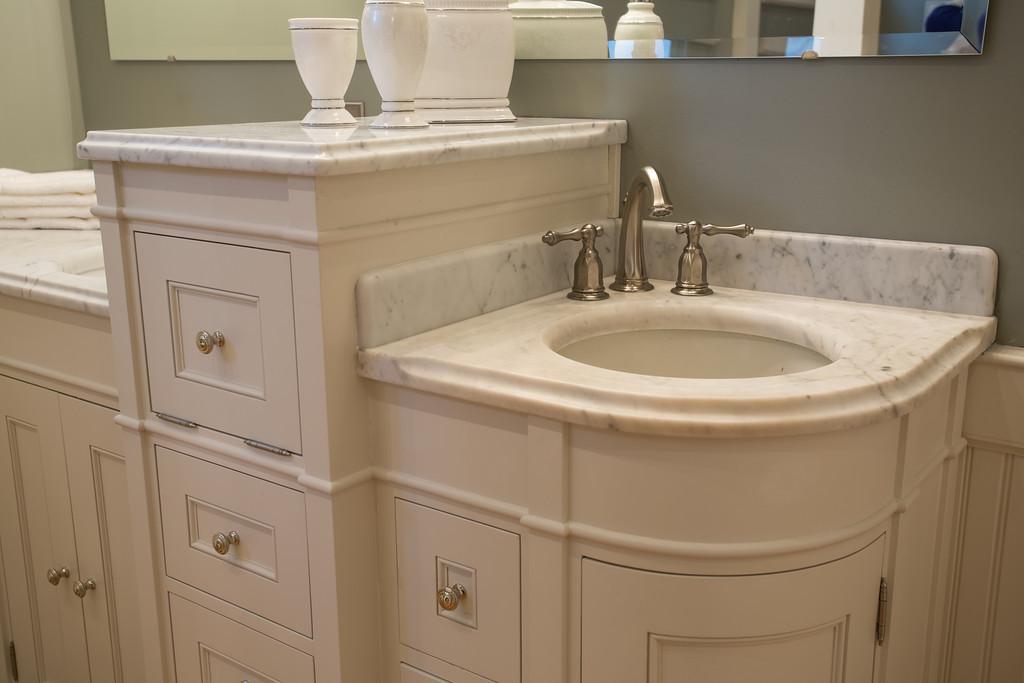 Reese Bathroom-40-XL.jpg