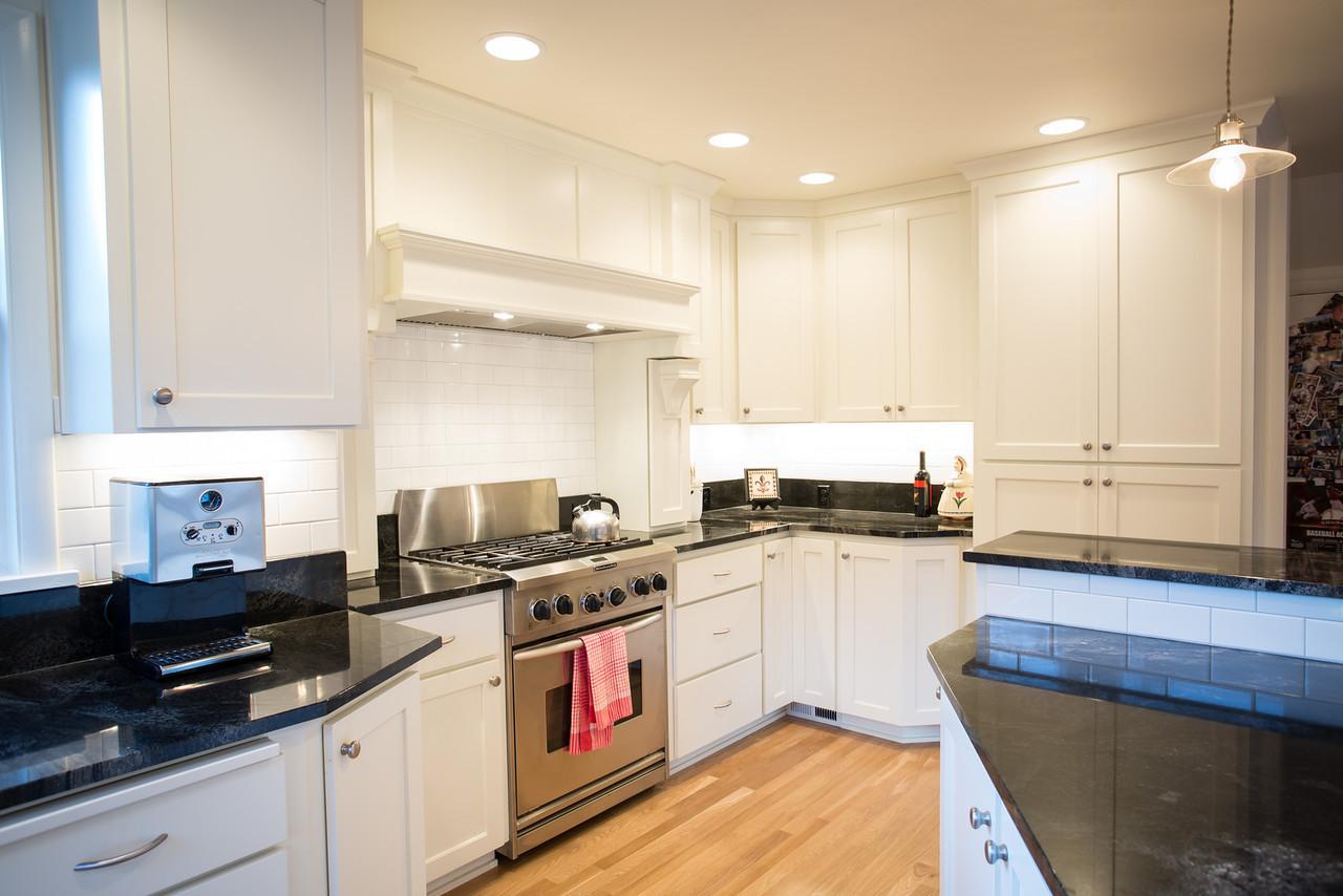 Colfax Kitchen-20-X2.jpg