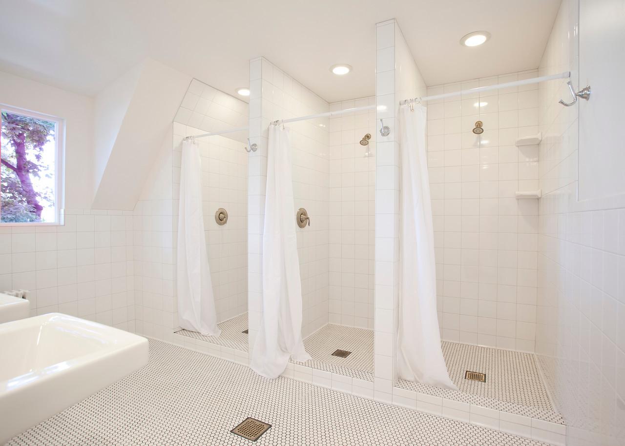 Frat Bath 001-X2.jpg