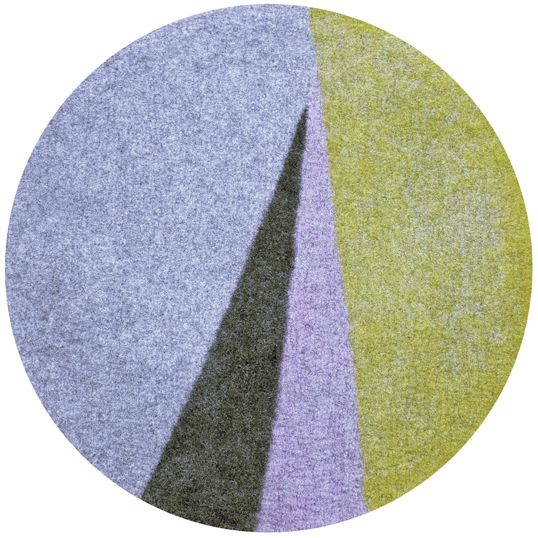 Axis rug