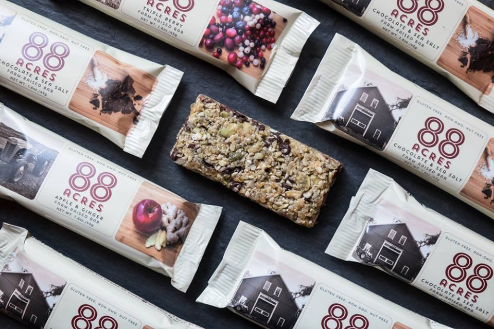 88 Acres sells three snack bars: Apple & Ginger, Chocolate & Sea Salt, and Triple Berry. (via  88acres )