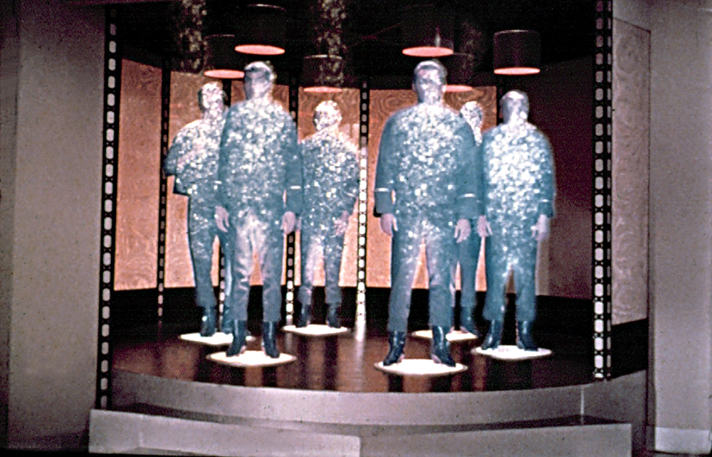 Look how great and glittery teleportation is. (via Star Trek)