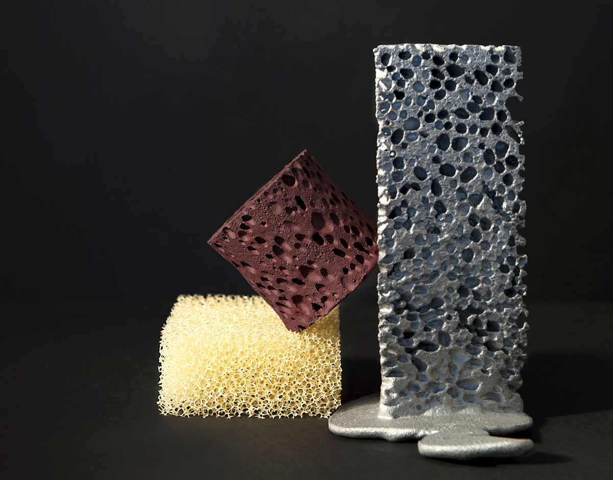 """Curious """"Foam"""" Forms Made of Ceramic and Metal, Now on View at Aram Gallery"""