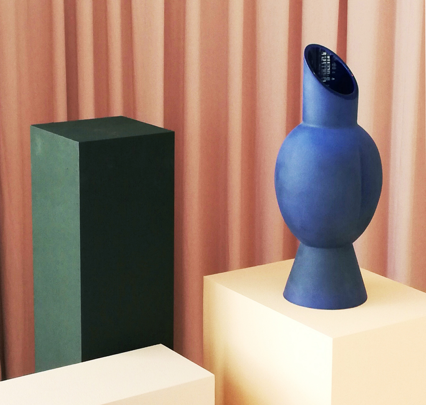 These Ceramics in a Former French Salon Are the Exact Amount of '80s Nostalgia We Need Right Now