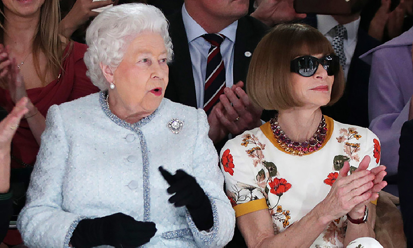 Just Anna and the Queen. (image via  hello magazine )