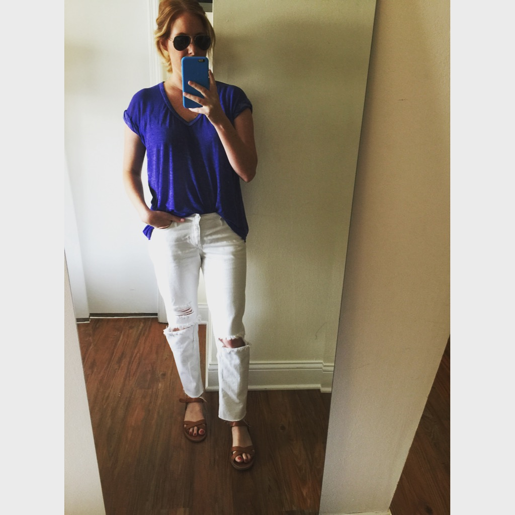 Top: Free People,  The Keep Me Tee,  Jeans: H&M, Sandals: Madewell, Sunglasses: Ray-Ban,  Aviator Classic